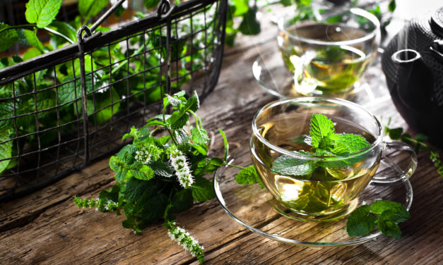 Peppermint Tea: Benefits, Uses, and Recipes