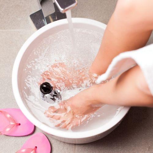 Treating athletes foot