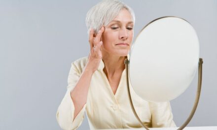The 6 Best Home Remedies that May Help Get Rid of Wrinkles